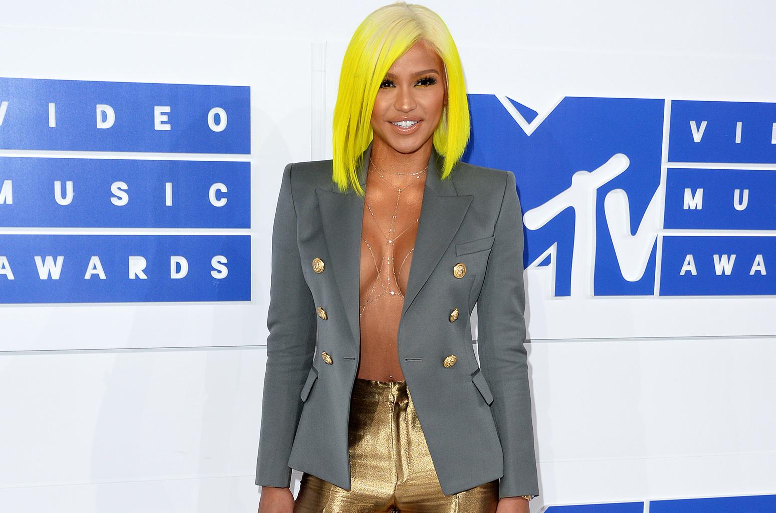 Cassie dévoile « Joint (No Sleep) » pour la BO de Honey 3 Alicia Keys